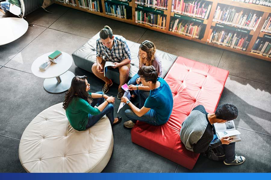 Saiba a importância da realização de pesquisas em livrarias