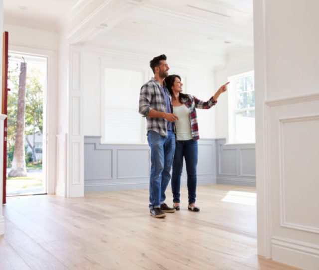 House Hunting Etiquette The Dos And Donts Of Viewing Someones Home