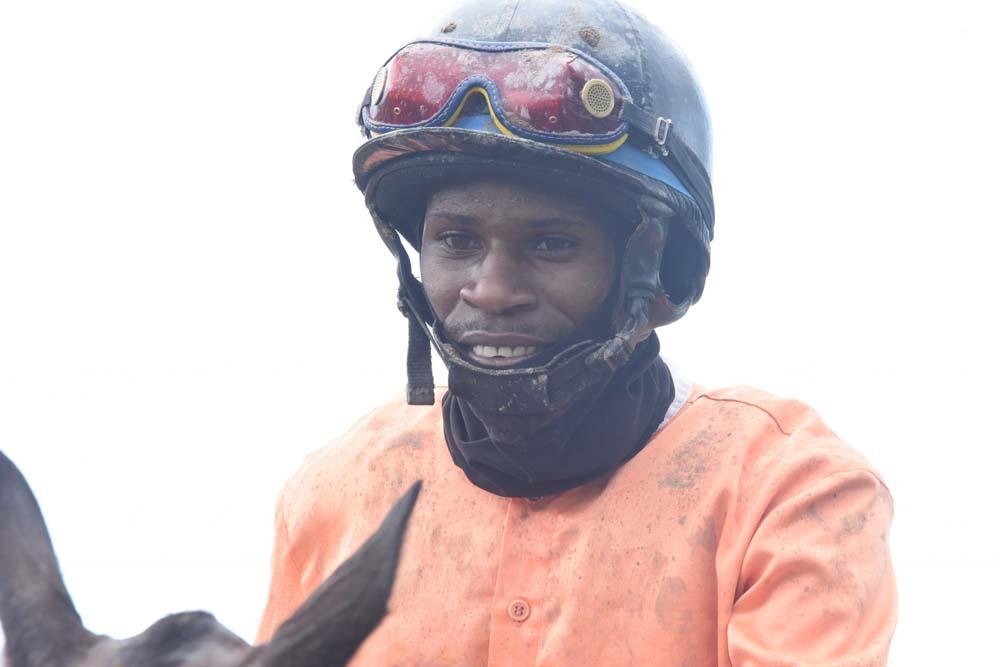 Jockey Orlando Foster