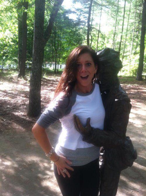 Bilderesultat for statue boob grab