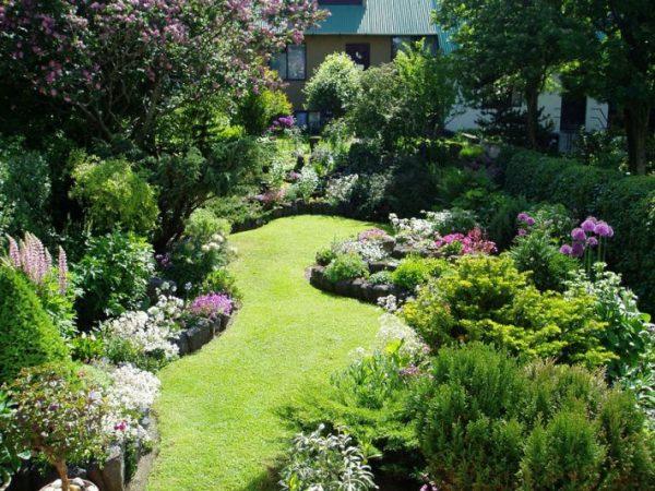 small garden ideas - quiet corner