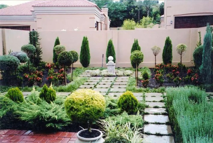 Small-Urban-Garden-Design-Ideas-And-Pictures-8