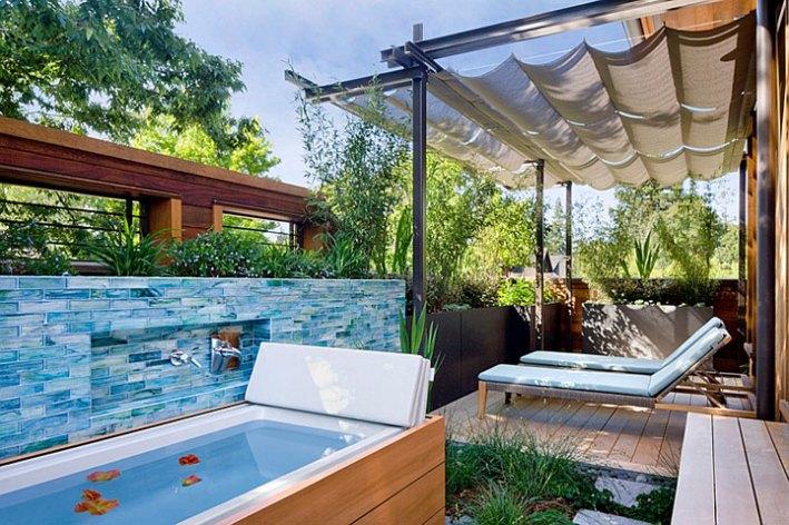Outdoor Bathroom Designs indoor outdoor hot tub Beautiful Outdoor Bathroom Designs