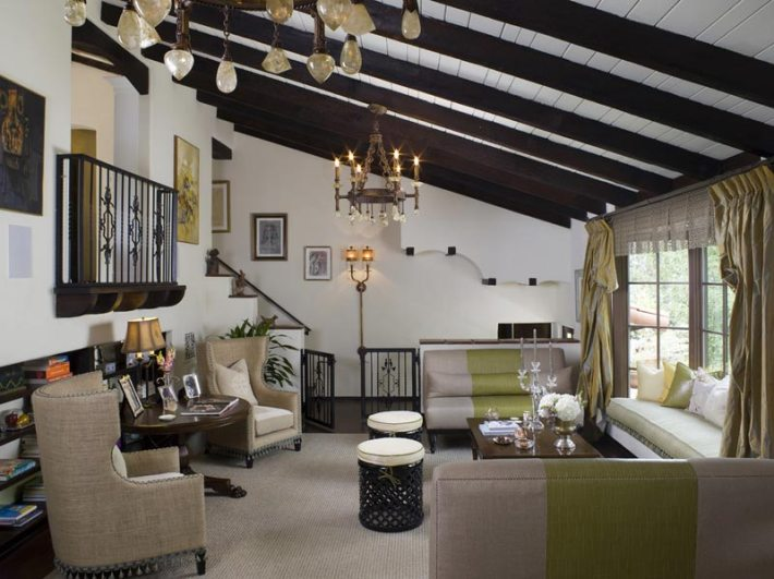 Living Room Designs With Exposed Beams (6)