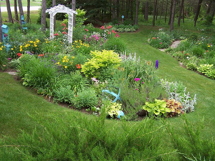 Garden Island Bed Inspiring Ideas