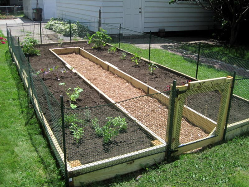 quiet corner how to build a u-shaped raised garden bed