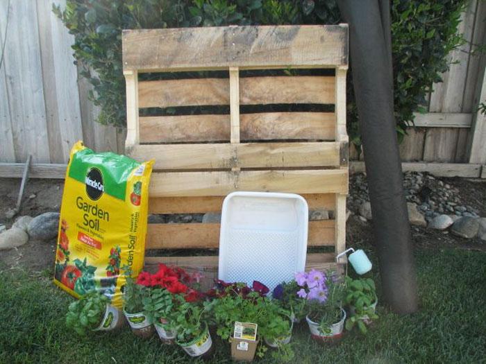 Quiet corner how to build a vertical garden or living wall for How to make a vertical garden frame