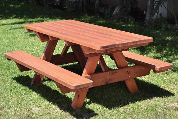 DIY- Classic Picnic Table - Quiet Corner