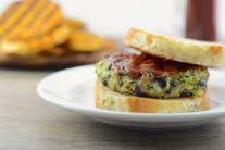 Zucchini and Black Bean Vegan Veggie Burgers