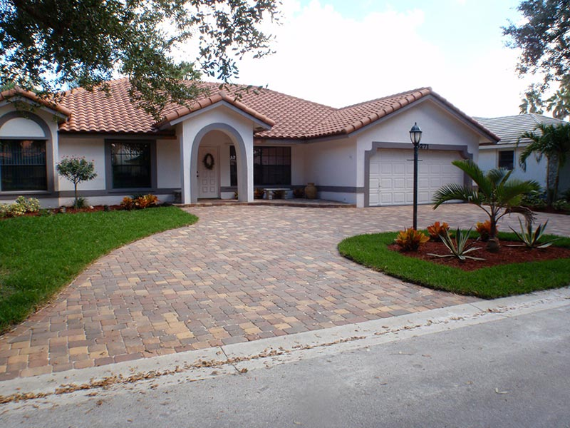 ... Ideas And Tips For Driveway Design
