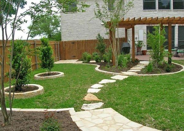 quiet corner small yard landscaping