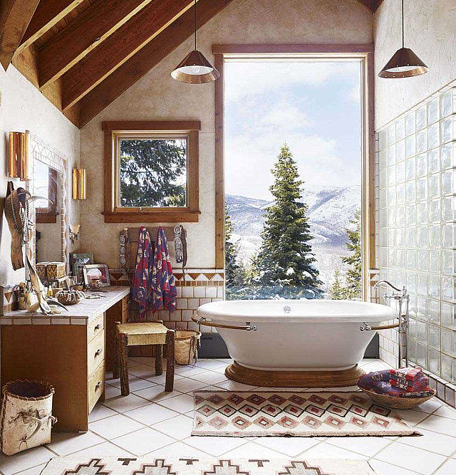 12 Luxurious Bathrooms You Have To See
