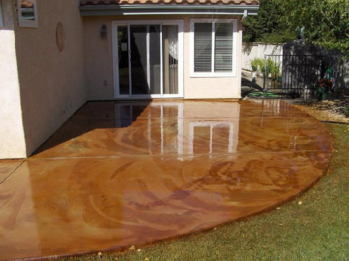 DIY- Staining Concrete Slabs