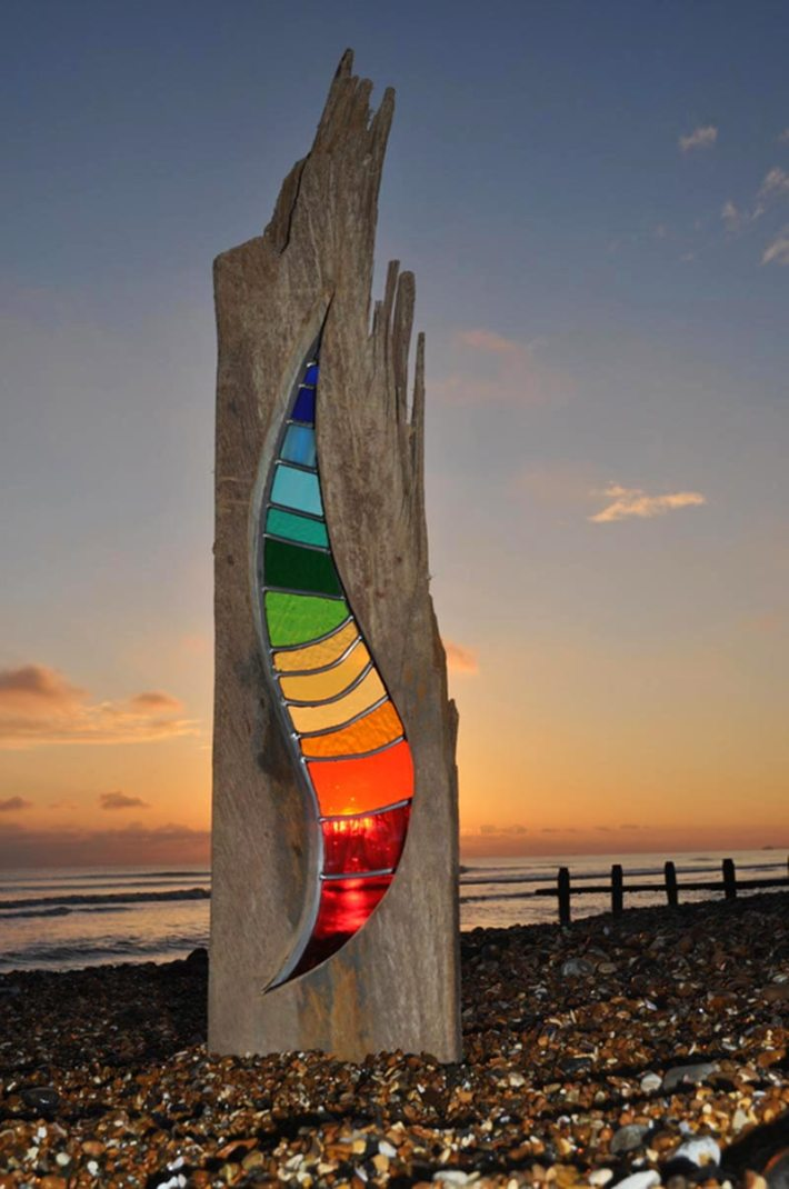 Louise Durham - Turning wood and glass into a piece of art