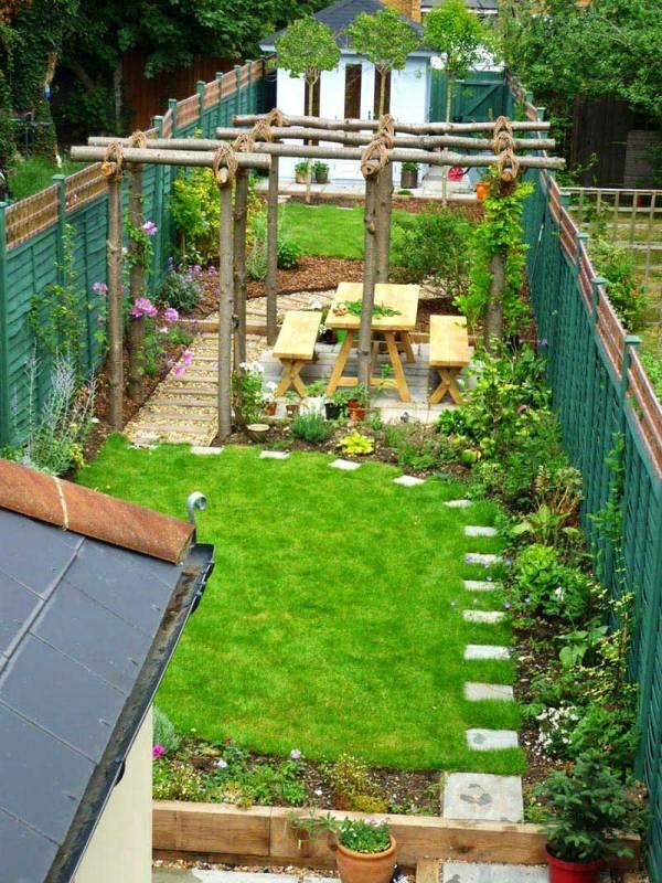 sloping garden design ideas - quiet