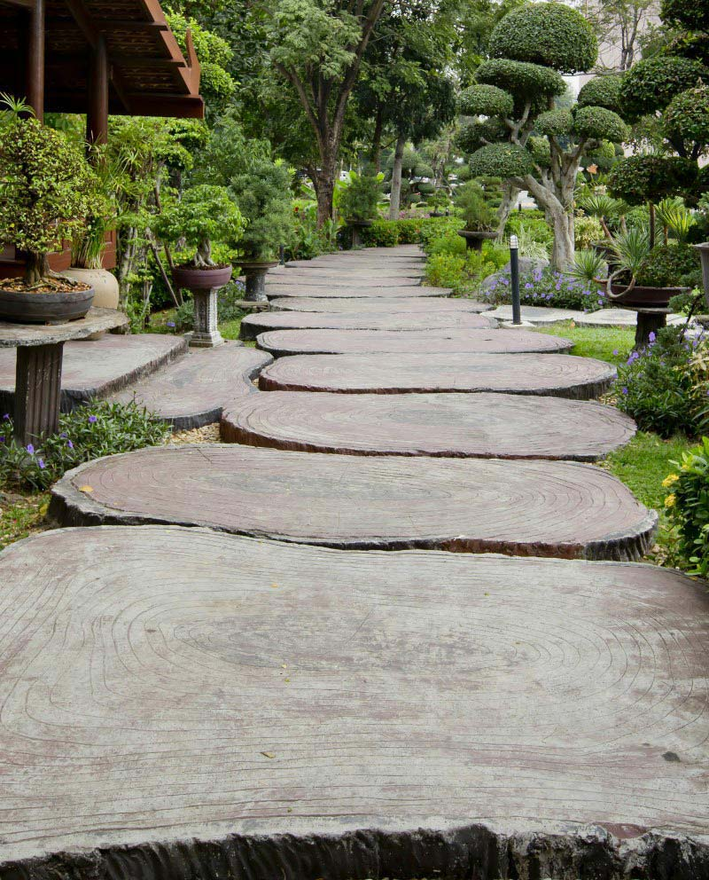 Quiet Corner Beautiful Garden Paths Made Of Natural Stone