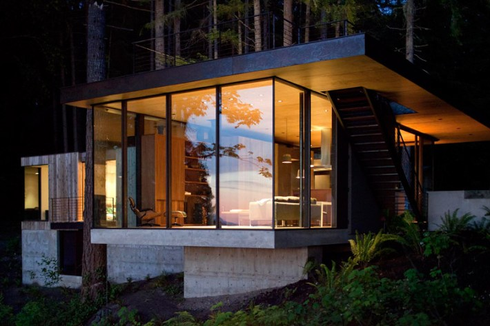 The Case Inlet Retreat by MW Works Architecture + Design