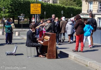 A piano on the side walk