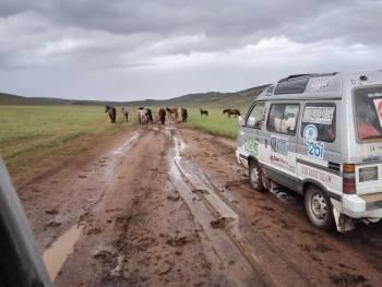 Conduciendo en MONGOLIA 2 (Personalizado)