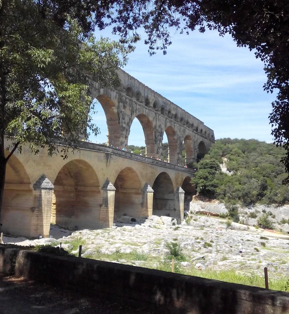 Big old aquaduct