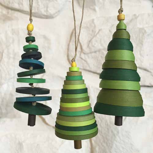 Paper quilled Christmas tree ornaments - 3 ways - tutorial - Little Circles