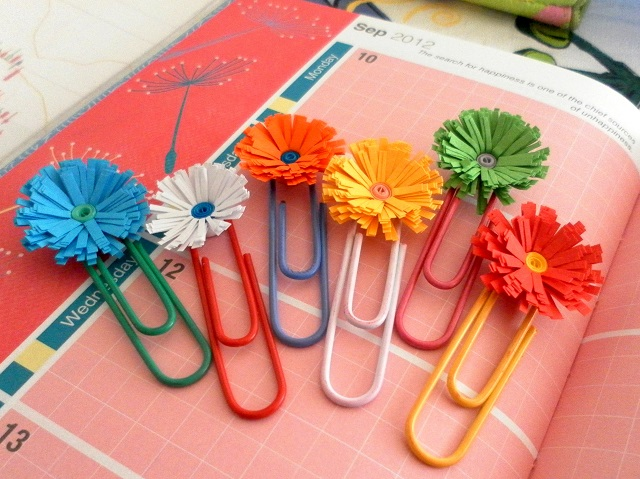 how to make quilled fringed flowers