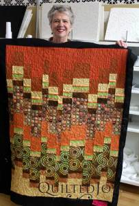 LuAnn free motion quilted a simple meander on this quilt