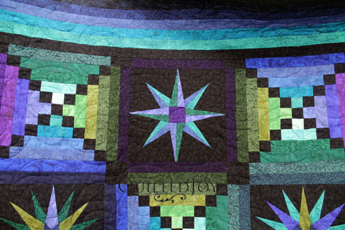 Turbulance Pantograph on AnnaMaria's Moon Glow Quilt