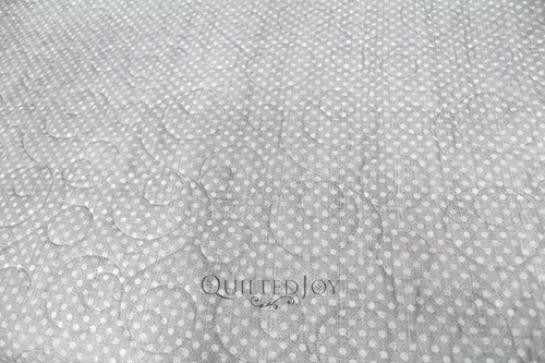 3003 6814 900 Wilmington Essentials Dotsy 108 Quilt Backing Quilted