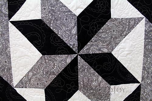 Deborah High Contrast Star Flower Quilt