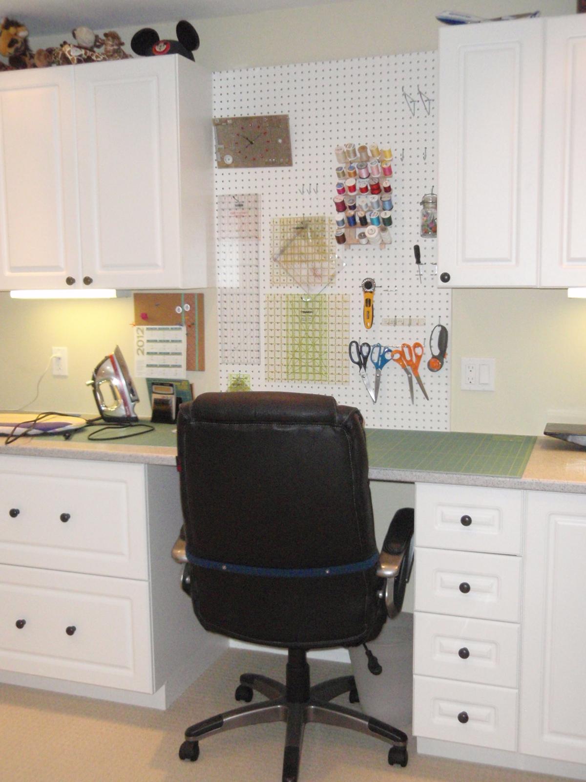 desk chair kijiji ottawa stool block craft sewing room update 10 ta dah