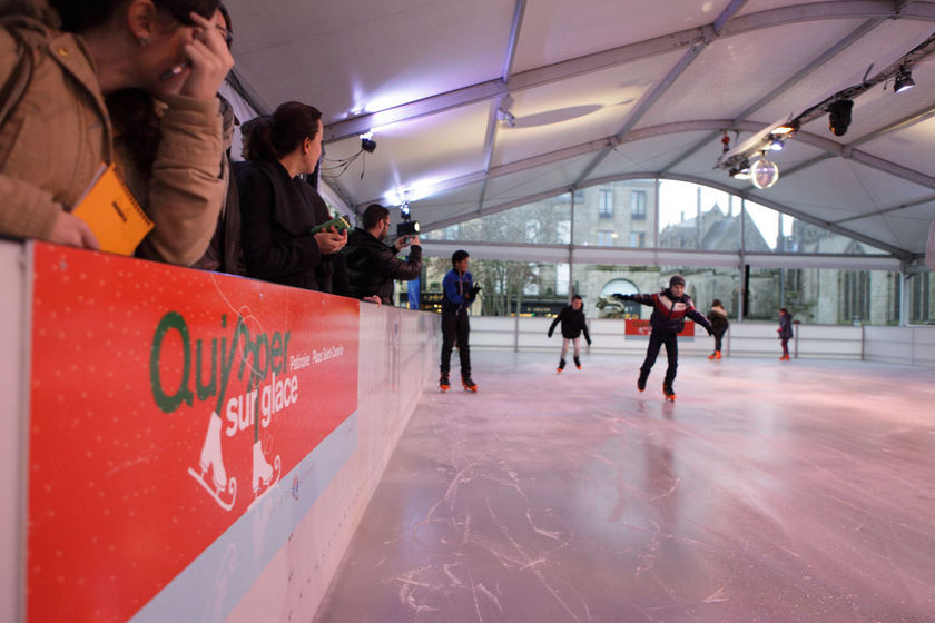 La patinoire place Saint-Corentin.