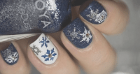 Glitzy Nail Designs for the Holidays - Quinceanera