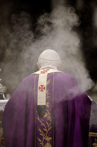 c 3 topnews 85666 foto Pedofilia, il Vaticano: Spiacenti, non siamo incriminabili