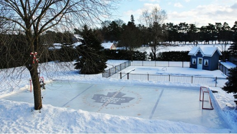 Gentil Backyard Skating Rink   Quinju.com