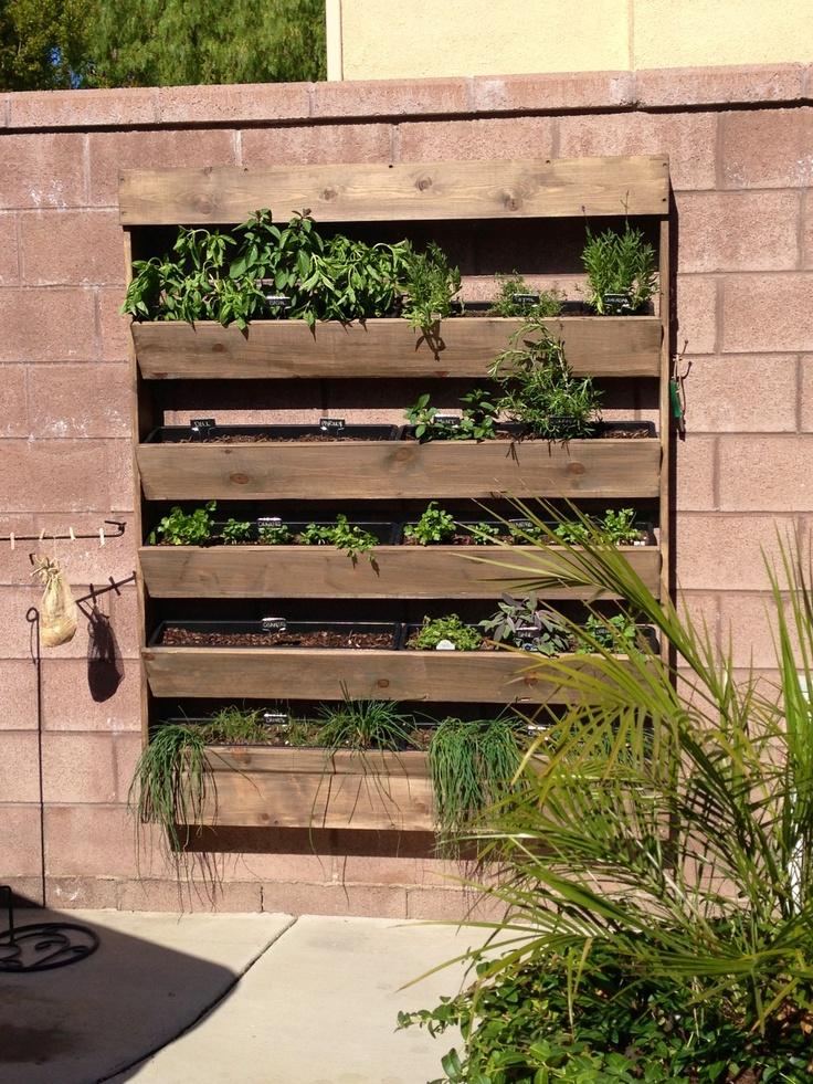 spring backyard projects wall herb garden quinjucom - Wall Herb Garden