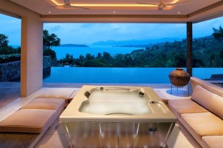 quinju.com Hot tub