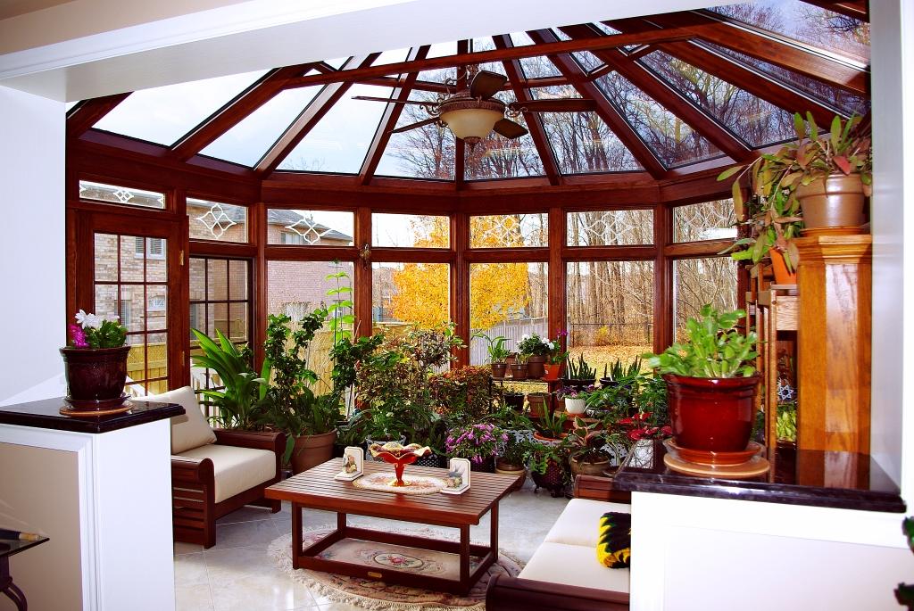 Conservatory Addition / quinju.com