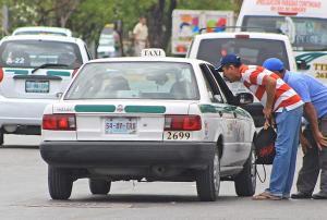 Taxistas a la escuelita para lograr calidad de servicio