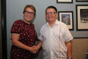 Fructífera reunión de @LauraBetistain con Don Arturo Abreu Marín