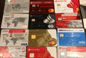 Detiene a extranjero clonador de tarjetas bancarias