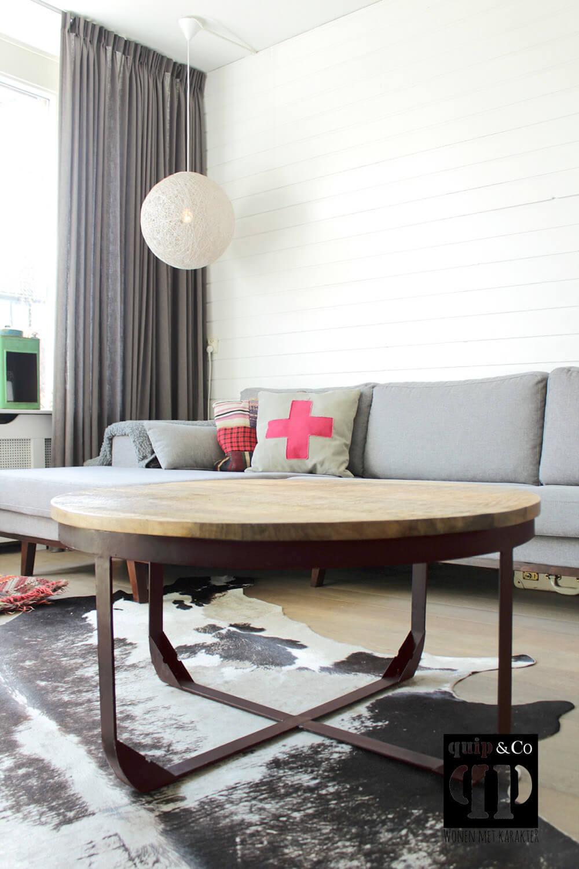 Industrile salontafel met rond massief mango houten blad