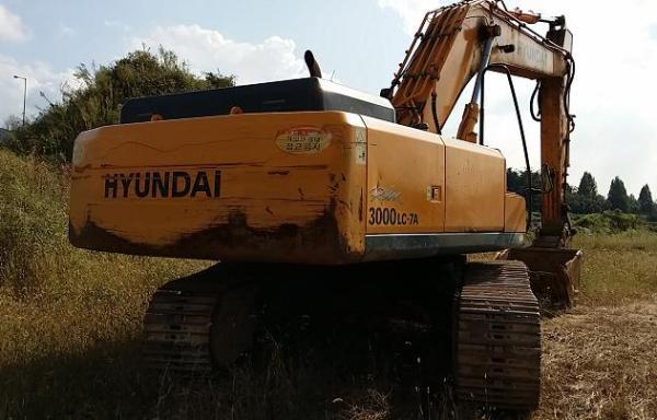 Excavator Hyundai 3000LC -7