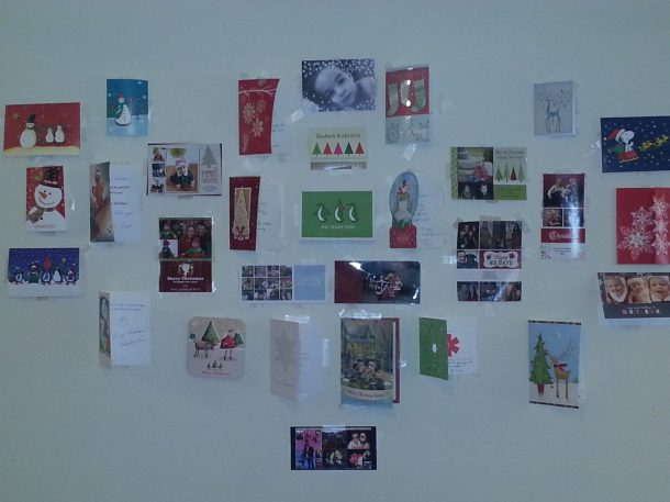Christmas Card Wall and a Giveaway