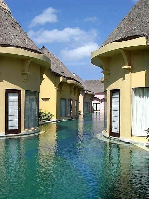 A Balinese Swim Resort