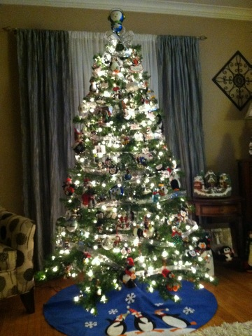 21 Awesome Themed Christmas Trees To Decorate Your Home
