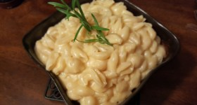 Four Cheese Rice Cooker Mac and Cheese