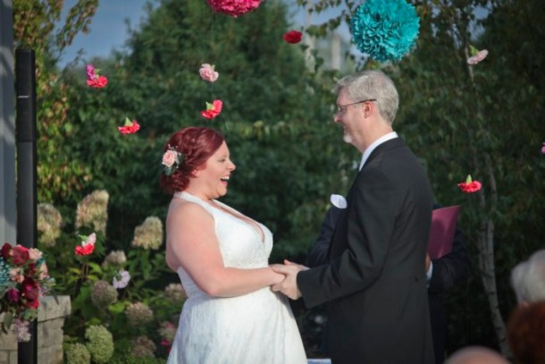 hilarious professional wedding photos  laughing throughout the ceremony