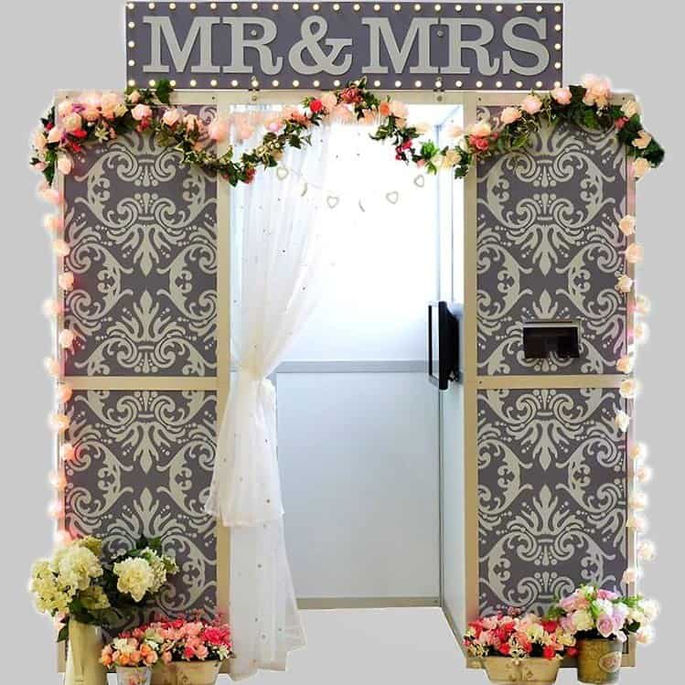 wedding circus photo booth hire