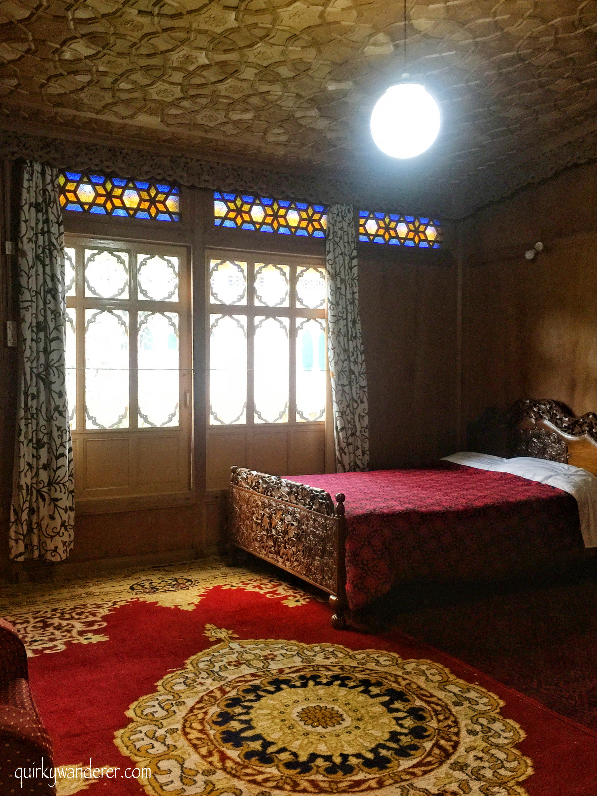 Best places to stay in Srinagar